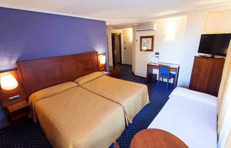 Torreluz Centro - Room - 11