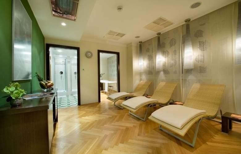 Apollo Hotel Bratislava - Sport - 12