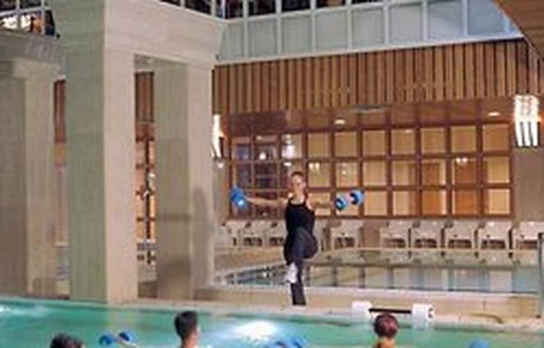The Aquincum Hotel Budapest - Pool - 1