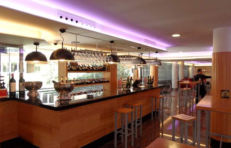 Exe Moncloa - Bar - 4