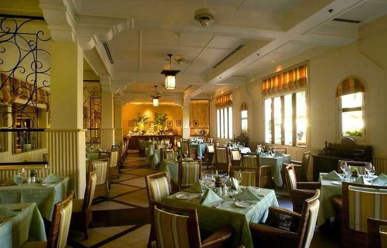Raffles Grand Hotel d'Angkor - Restaurant - 11