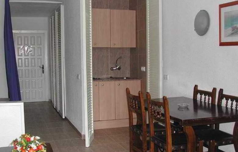 Complejo Eurhostal - Room - 4