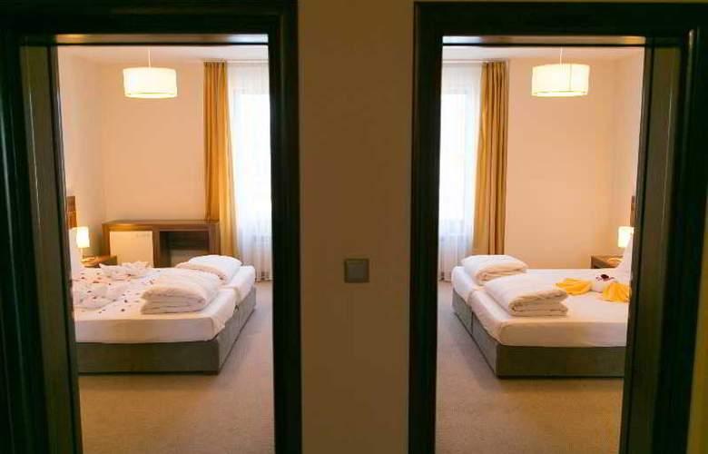Balkan Jewel - Room - 15