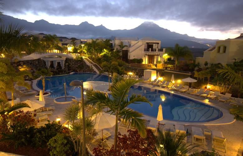 Hotel Suites Villa Maria - Pool - 19