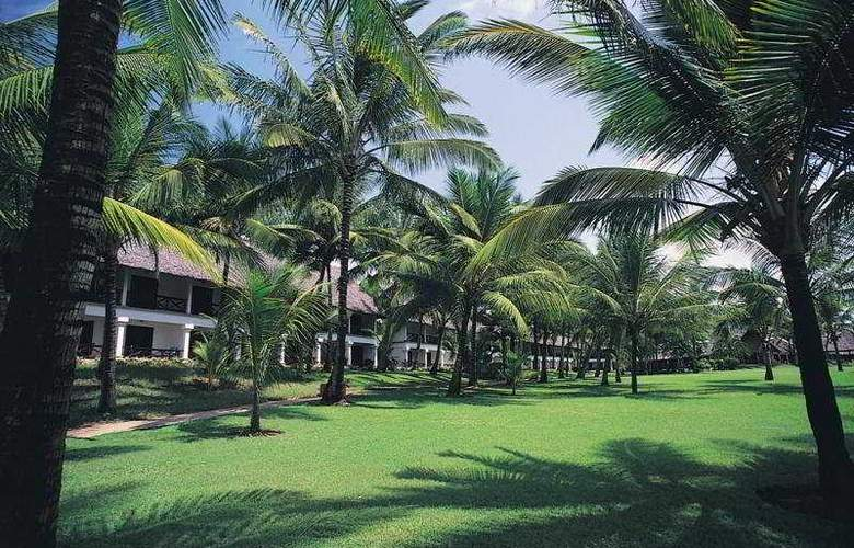 Voyager Beach Resort - Hotel - 0