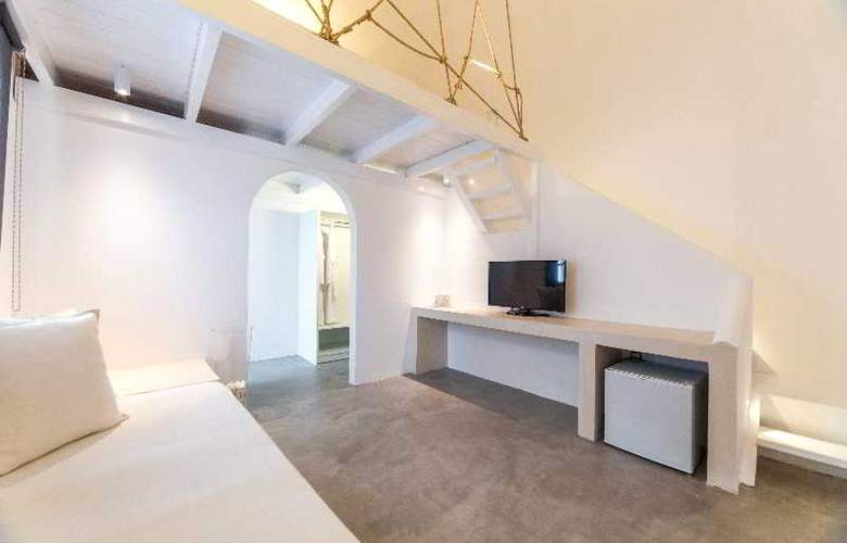 Artemis Suites - Room - 20