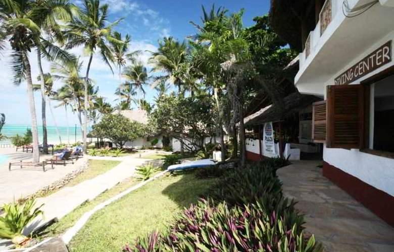 Karafuu Hotel Beach Resort - Terrace - 8