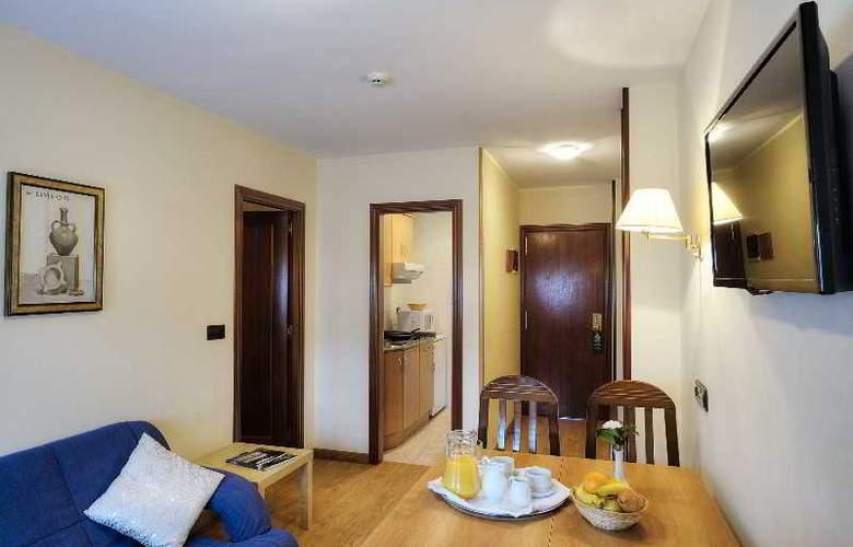 Arias Apartamentos (Anexo) - Room - 6