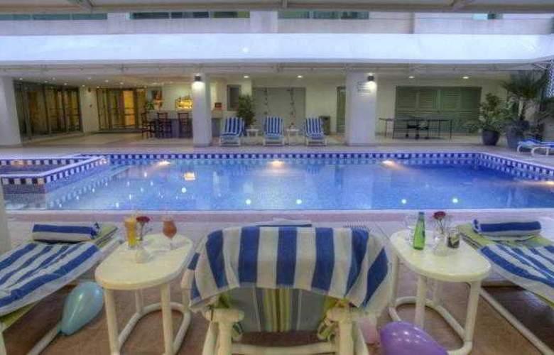 Siji Hotel Apartments - Pool - 3