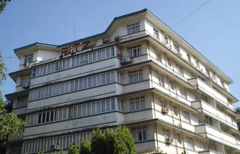 Ritz - Hotel - 0