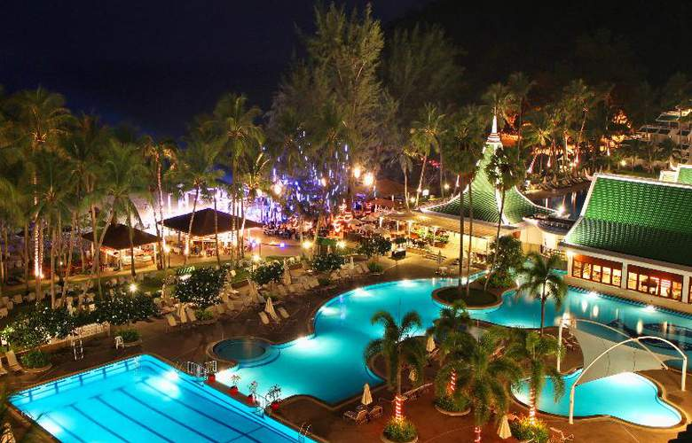 Le Meridien Phuket Beach Resort - Pool - 19