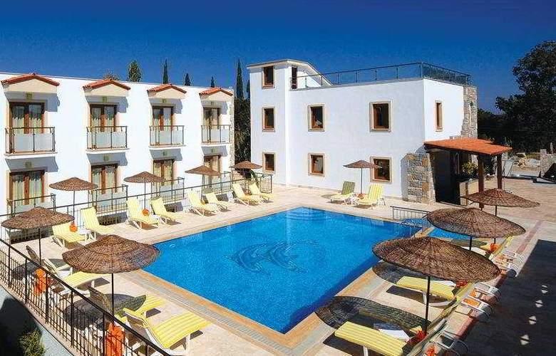 Sofabed Butik Hotel - Pool - 5
