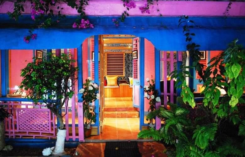 Half Moon Blue - Hotel - 0