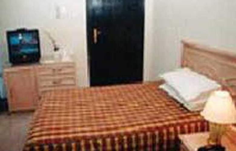 Regency - Room - 0