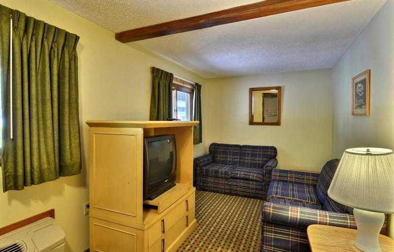 Econo Lodge Inn & Suites - Room - 23