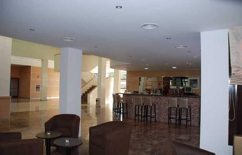 Alcalá Plaza - Restaurant - 22