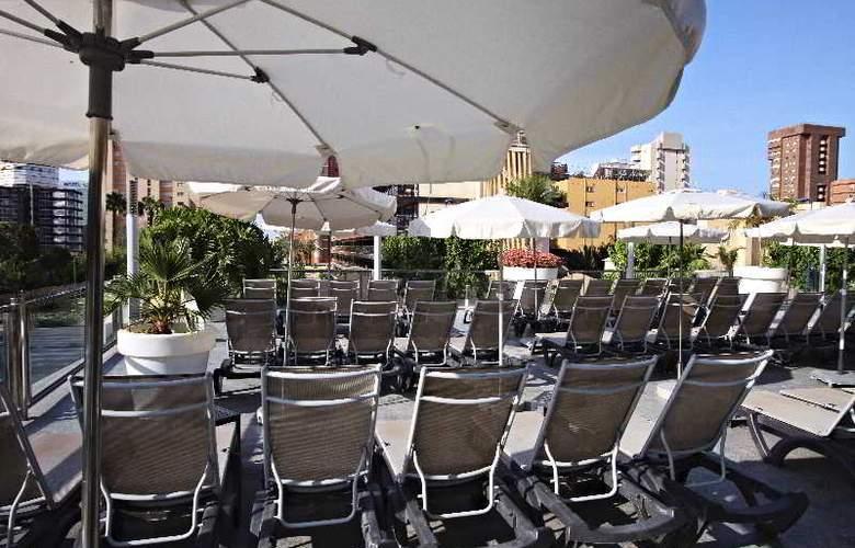 Sandos Monaco Beach Hotel and Spa - Terrace - 9