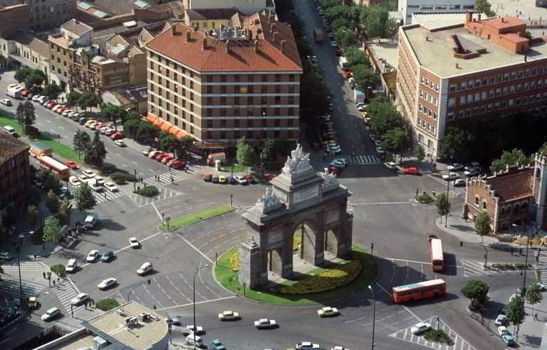 Puerta de Toledo - Hotel - 7