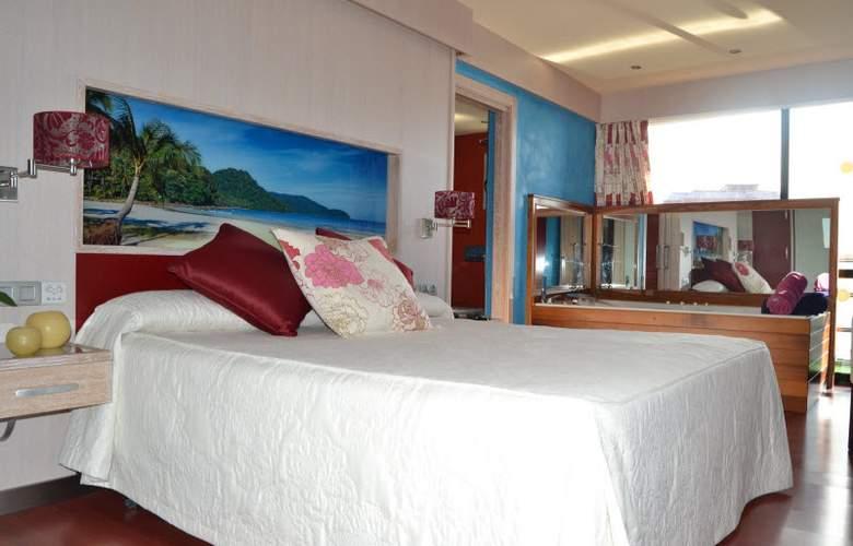 Marina Benidorm - Room - 11