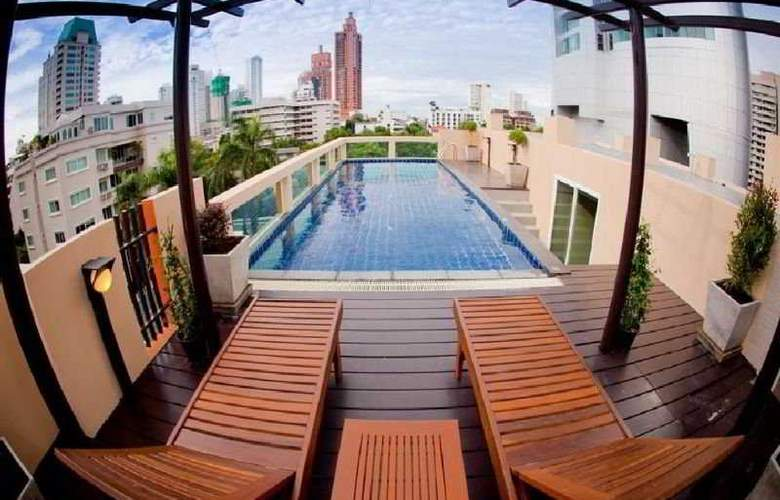 Privacy Suites - Pool - 11