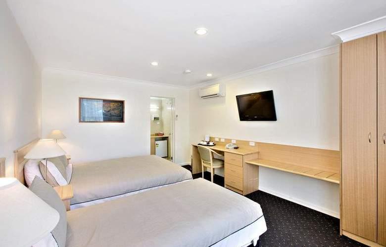 Best Western Melbourne's Princes Park Motor Inn - Room - 2