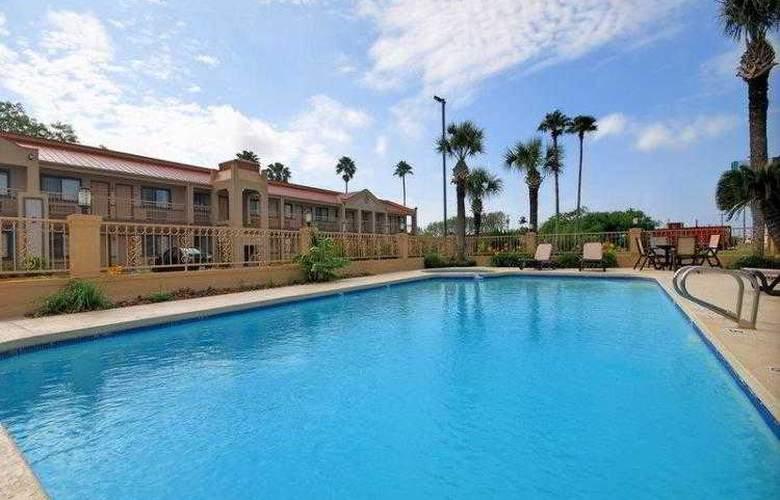 Best Western Kingsville Inn - Hotel - 15