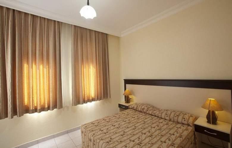 Helios Hotel - Room - 11