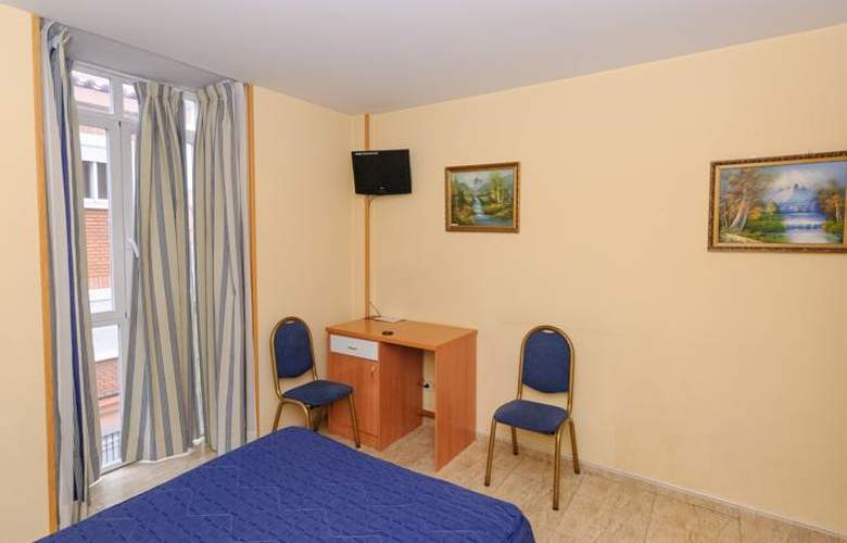Barajas Plaza - Room - 19