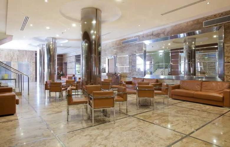 Gran hotel Corona Sol - General - 4