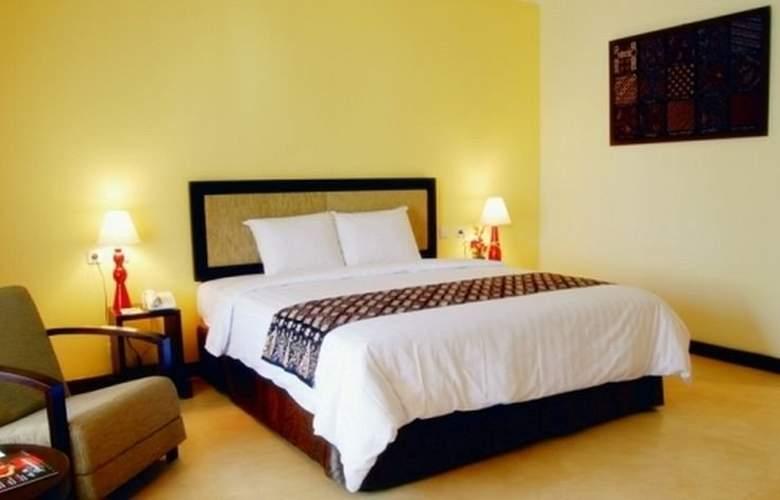 Gowongan Inn Yogyakarta - Room - 8