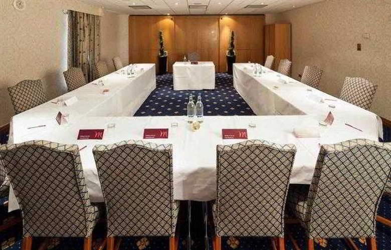 Mercure York Fairfield Manor - Hotel - 13