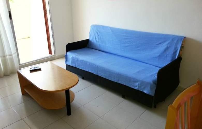 Font Nova 3000 - Room - 1