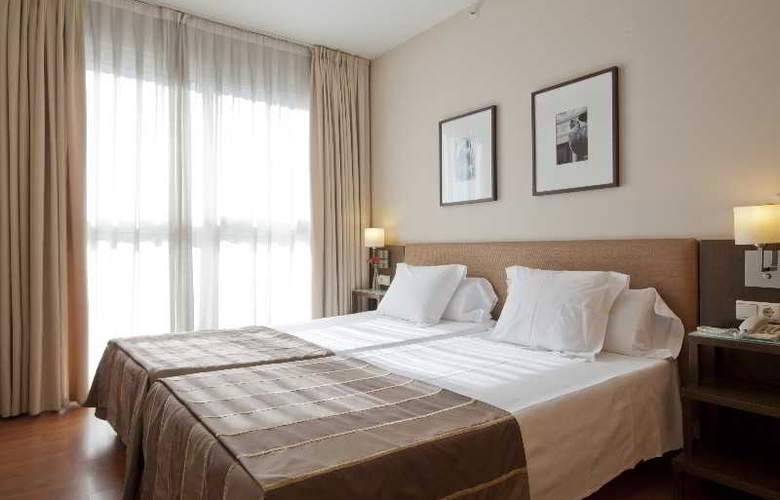 Vertice Sevilla - Room - 17