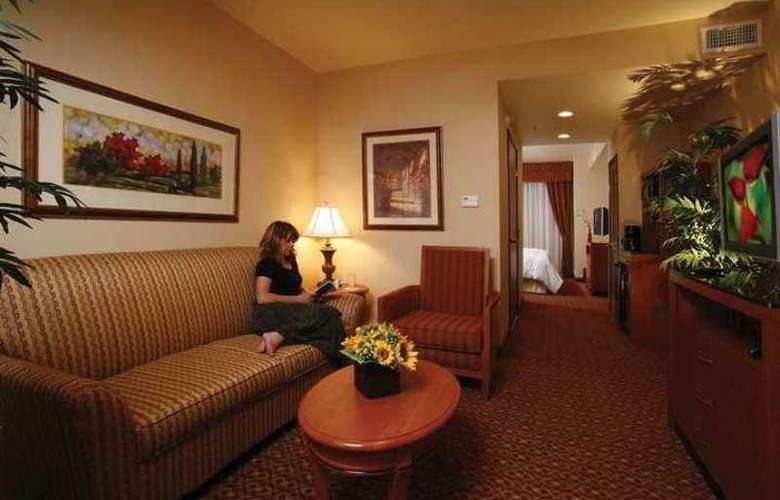 Hilton Garden Inn Las Vegas/Henderson - Hotel - 4