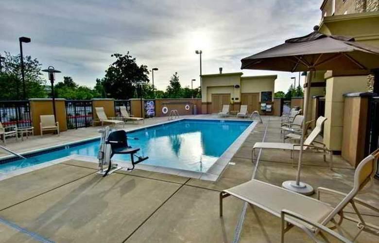 Hampton Inn & Suites West Sacramento - Hotel - 2