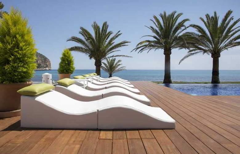 Melbeach Hotel & Spa - Pool - 17