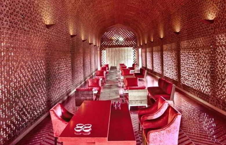 Devi Ratn - Restaurant - 6