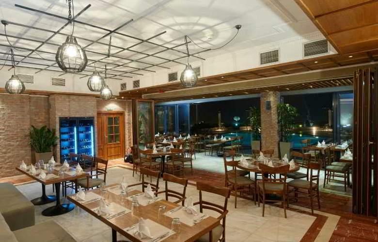 Royal - Restaurant - 4