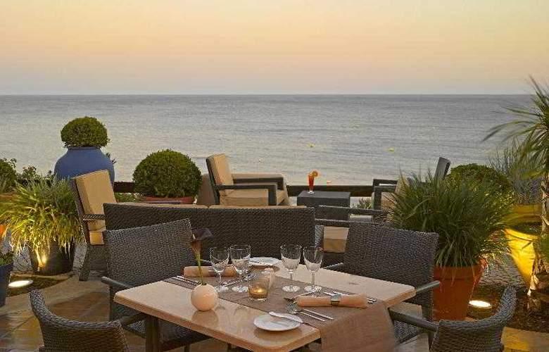 Grande Real Santa Eulalia Resort & Hotel Spa - Bar - 19