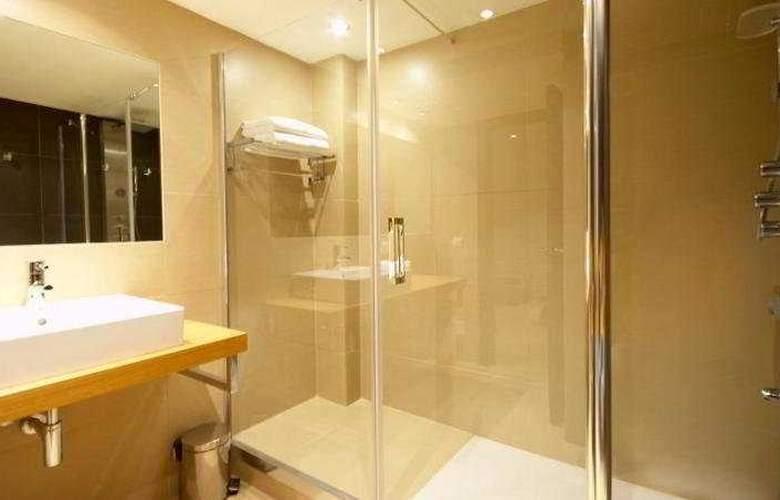 Las Gaviotas Suite Hotel - Room - 8