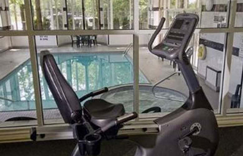 Quality Hotel & Executive Suites Oakville - Sport - 11