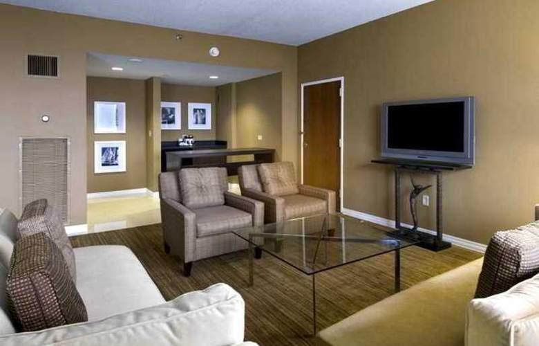 Hilton St. Louis Airport - Hotel - 4