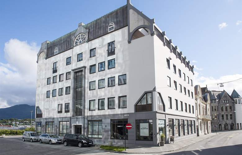 First Atlantica - Hotel - 0