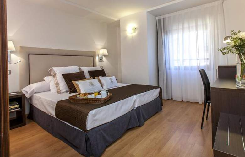 Dome Madrid Las Tablas - Room - 2