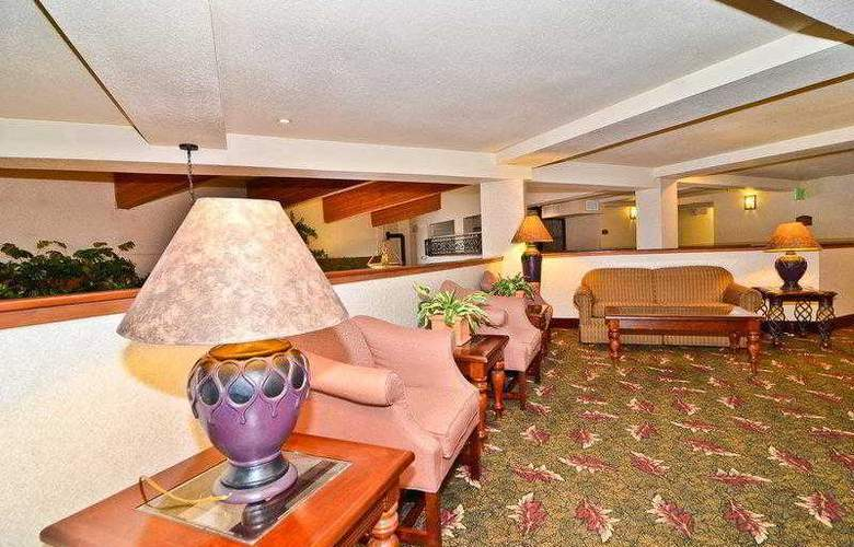 Best Western Plus High Sierra Hotel - Hotel - 58