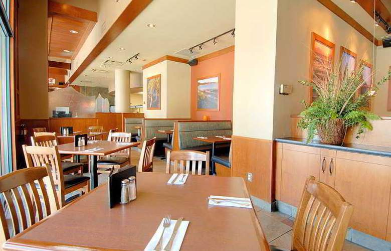 Best Western Plus Downtown Vancouver - Restaurant - 44