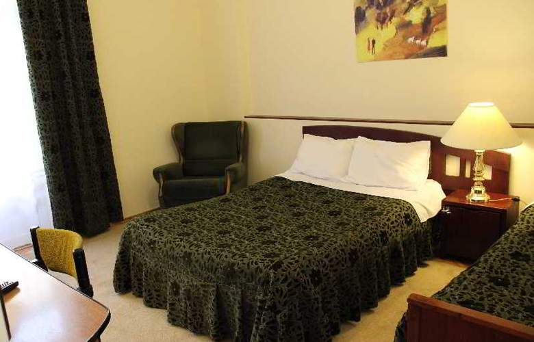 Iliani Hotel - Room - 6