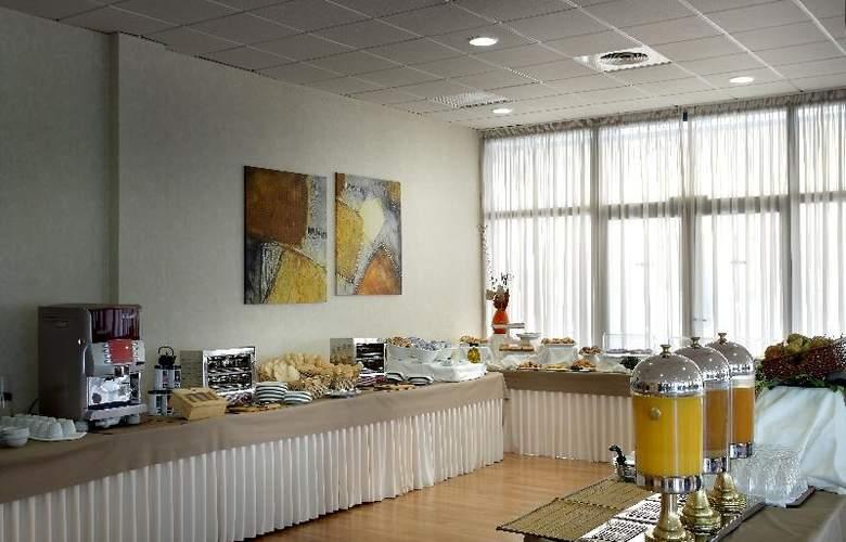 Exe Sevilla Palmera - Restaurant - 22