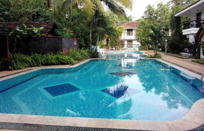 Villa Goesa - Pool - 16