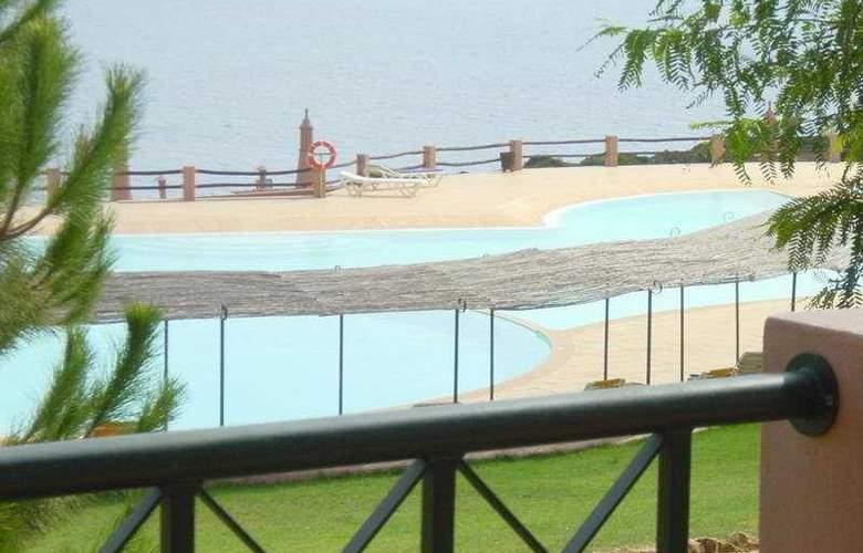 Porto Dona Maria - Pool - 4